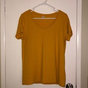 Old navy ribbed tee